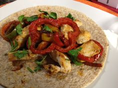 Diabetes-Friendly Recipe Chicken and Pepper Fajita recipe featured on WICD 15 TV from Meijer Healthy Living Advisor Maribel Alchin,MBA, RD, LDN  #Diabetesfriendly