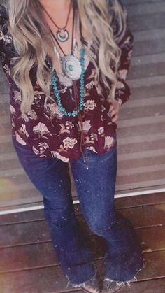 Mountain Warehouse Chamonix Womens Jacket - Now Outfits Rodeo Outfits, Western Outfits, Cool Outfits, Amazing Outfits, Cute Fashion, Boho Fashion, Girl Fashion, Fashion Outfits, Country Style Outfits