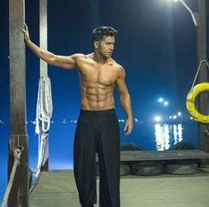 Varun shows off his sexy six pack abs in ABCD 2 Varun Dhawan News, Varun Dhawan Body, Six Pack Body, Six Pack Abs Men, Bollywood Actors, Bollywood News, Bollywood Fashion, Varun Dhawan Movies, Varun Dhawan Wallpaper