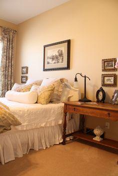 Willow Wisp Cottage: Master bedroom