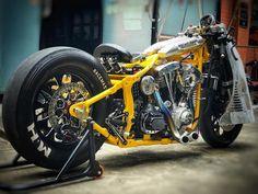 Go with MQQN👀 GO   Fatboy design - RocketGarage - Cafe Racer Magazine