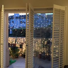 Mini Light Curtains Clear Bulbs White Curtain of Mini lights - 150 Mini Lights per stringCurtain lights are stunning in beauty and simple 6 Foot Curtains, String Curtains, Backyard Privacy, Privacy Fences, Icicle Lights, Store Window Displays, Curtain Lights, Stage Design, Christmas Lights