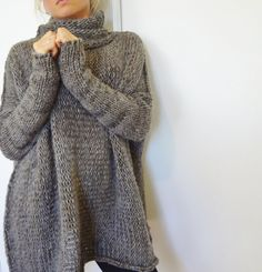 Chunky knit sweater. Oversize women sweater. by RoseUniqueStyle