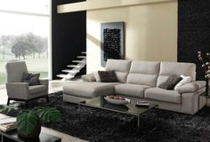 Sofá en blanco de tres plazas ¡Muy cómodo para toda la familia! Couch, Furniture, Home Decor, Couches, Home, White People, Drawing Rooms, Homemade Home Decor, Sofa