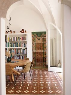 A Picturesque Retreat in a Tiny Town in Puglia - The New York Times Le Corbusier, Rome Apartment, French Country Bedding, Miller Homes, Interior Architecture, Interior Design, Style Deco, Decoration Design, Cheap Home Decor