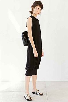 Silence + Noise Sybella Ribbed-Hem Dress - Urban Outfitters