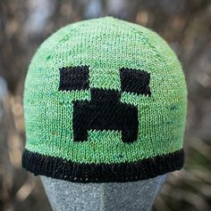 Minecraft-inspired creeper beanie