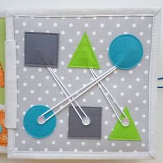 48 Ideas Baby Diy Sewing Quiet Books For 2019 Diy Quiet Books, Baby Quiet Book, Felt Quiet Books, Diy Busy Books, Quiet Book Templates, Quiet Book Patterns, Silent Book, Sensory Book, Fidget Quilt