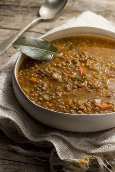 Lentil soup- Zuppa di lenticchie sugar and violets vegan recipes: Lentil soup - Best Dinner Recipes, Wine Recipes, Soup Recipes, Vegetarian Recipes, Healthy Recipes, Italian Dishes, Italian Recipes, I Love Food, Good Food