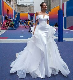 Gorgeous Modern Off Shoulder Mermaid Wedding Dress / Bridal Gown with V-Neck Cut and Detachable Skirt. Collection gowns floor length sequin replica bride wedding dress gown prom dress formal dresses dress up elegant classy elegance stylish Dream Wedding Dresses, Bridal Dresses, Wedding Gowns, Prom Dresses, Wedding Venues, Beautiful Gowns, Dream Dress, Strapless Dress Formal, Designer Dresses
