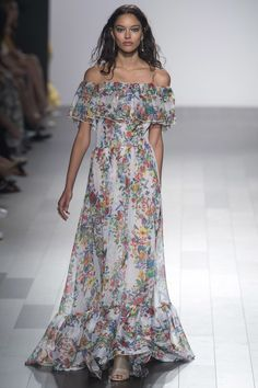 Tadashi Shoji   Spring 2018 Ready-to-Wear