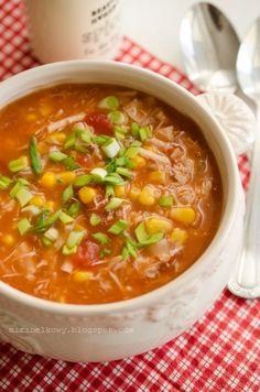 Zupa z kurczaka, kukurydzy i pomidorów Juicer Recipes, Soup Recipes, Diet Recipes, Cooking Recipes, Healthy Recipes, My Favorite Food, Food Porn, Good Food, Health Fitness