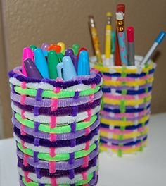 Homemade Kids Crafts: Easy Pipe Cleaner Pencil Holder Craft Project with instructions is one of our favorite crafts for kids. Cheap Dollar Store Kids Crafts