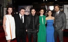 Juego de Tronos: alfombra roja. Michelle Fairley, John Bradley, Kit Harington, Rose Leslie, Emilia Clarkey Nikolaj Coster-Waldau