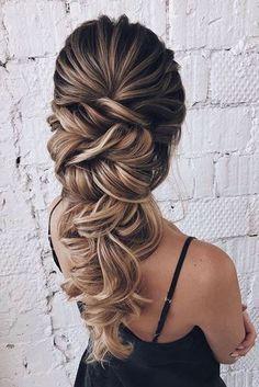 Wedding braids: 50 bridal hairstyles with braid - Pag .- Flechtfrisuren zur Hochzeit: 50 Brautfrisuren mit Zopf – Page 29 of 57 Wedding braids: 50 bridal hairstyles with braid – Page 29 of 57 – - Bridal Hairstyles With Braids, Wedding Hairstyles For Long Hair, Braids For Long Hair, Wedding Hair And Makeup, Up Hairstyles, Hair Makeup, Hairstyle Ideas, Long Curls, Long Hair Updos