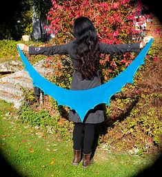 Ahoy! is a triangular shawl. Due to the special growth technique, it is easy to knit and the instructions are not often needed. It is knitted in garter stitch.Ahoi! by CoRa Design