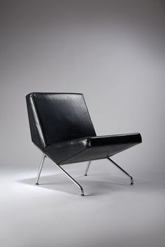 Black chair, 1958 | chair . Stuhl . chaise | Design: Pierre Guariche |