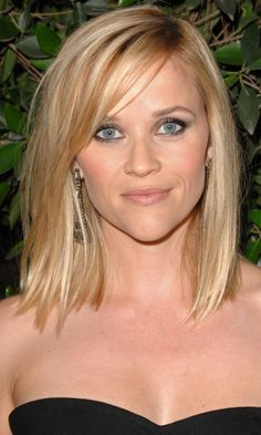 Reese Witherspoon's Choppy Bob 2013