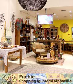 E hoje a nossa loja do Shopping Iguatemi Alphaville completa três anos! Buscamos sempre oferecer para os nossos clientes o melhor do artesanato e da arte popular brasileira! Estamos muito felizes de poder comemorar com vocês e de poder propagar um pouquinho mais da cultura brasileira através de diversas peças incríveis feitas à mão.