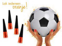 Wij houden van oranje! Jij toch ook? Wanneer voelde jij je 100% Hollands? Repin en maak kans op een WK-kit speciaal voor prachtig Hollandse nagels!