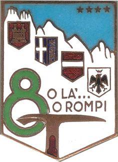 Distintivo Lorioli del 1955: E' presente ancora lo stemma della città di Feltre, sostituito in quello attuale, con quello dell'Aquila