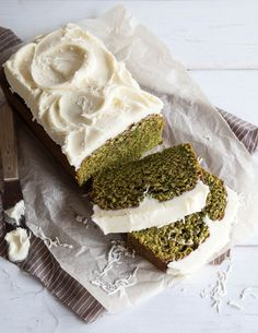 Matcha Cake made with coconut milk and iced with fluffy Coconut Frosting. Matcha tea pound cake recipe and styling by Tessa Huff. Just Desserts, Delicious Desserts, Dessert Recipes, Yummy Food, Cake Recipes, Green Tea Recipes, Sweet Recipes, Matcha Cake, Matcha Dessert