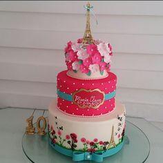 Amamos o bolo da Maria Clara e seu Jardim em Paris Decoração  @eraumavez…