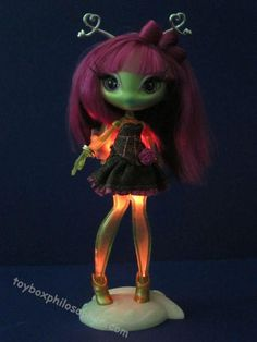 "Novi Stars ""Alie Lectric"" by MGA Entertainment 
