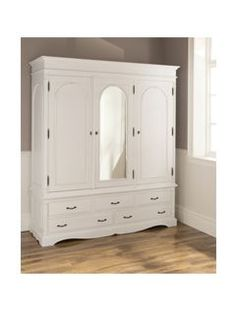 Victorian Antique French Style Wardrobe 7 French Home Decor. - Victorian Antique French Style Wardrobe 7 French Home Decoration Rules That Ar - Victorian Bedroom, Victorian Furniture, French Furniture, Shabby Chic Furniture, Bedroom Furniture, Country Kitchen Farmhouse, Country Kitchen Designs, Living Room Decor Traditional, Traditional Decor
