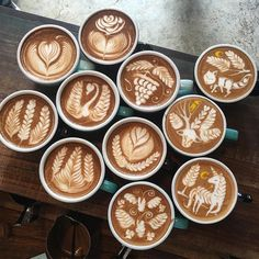 Great ways to make authentic Italian coffee and understand the Italian culture of espresso cappuccino and more! Cappuccino Art, Coffee Latte Art, Cappuccino Machine, Coffee Barista, Coffee Drinks, Espresso Machine, Coffee Shop, Coffee Enema, Coffee Creamer
