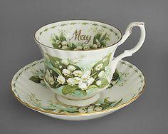 ROYAL ALBERT vintage china tea cup & saucer duo, May Lily, c1970, FREE post UK