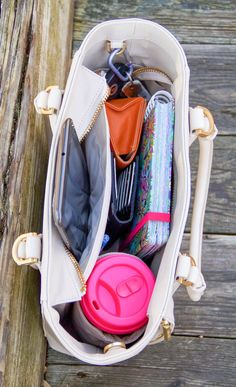 What a great idea. Love the structure of this tote, just not the price.Classy With a Capital BOW