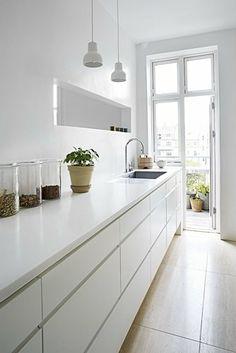 White on white - kitchen