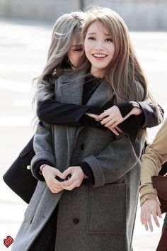 Moonbyul and Solar