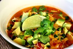 Although some opinions might differ, it is not that difficult to find accessible Paleo recipes resource. The internet, as usual, is a huge source of information and Paleo diet recipes can also be found through easy research. Chicken Avocado Soup, Chicken Lime Soup, Chicken Soup Recipes, Mexican Chicken, Garlic Chicken, Crockpot Recipes Mexican, Paleo Recipes, Banting Recipes, Paleo Meals