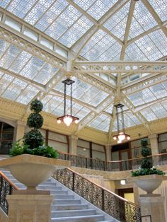 jesseangelo: Chicago's landmark The Rookery. Designed and completed by Burnham  Root in 1888, the lobby was remodeled by Frank Lloyd Wright in 1905.
