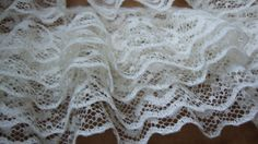 1 Wide Ivory Ruffled Lace Gathered Lace Bridal Lace door fabricdepo