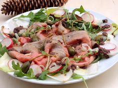 Roastbeefsneiðar með stökku salati og ólífudressingu