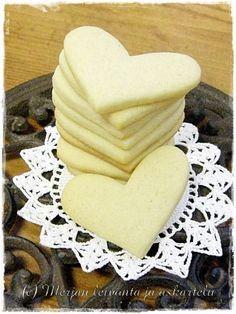 Merjan leivonta ja askartelublogi: Vaaleat piparit