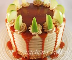 Caramel Apple Cake just in time for fall. Apple cake filled with apple filling, caramel buttercream and caramel topping dripping down the top and sides! Apple Cinnamon Cake, Apple Cake, Family Cake, Bread Cake, Bakery Recipes, Fall Baking, Drip Cakes, Eat Dessert First, Homemade Cakes