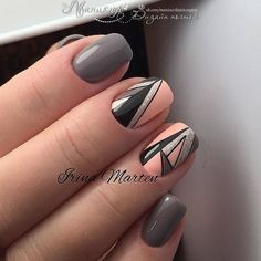 Check it out. Latest Nail Art, Trendy Nail Art, Stylish Nails, Gray Nails, Pink Nails, Short Nail Designs, Nail Art Designs, Nail Art Vernis, Art Deco Nails