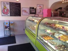 Like most people, we can't say no to a donut. So when Glam Doll Donuts opened, we had to check it out. Their vibrant pin-up theme pairs well with their outrageously delicious donuts. Hint: Bring a dozen to the office--you'll be an instant hit! #MyHometownPins