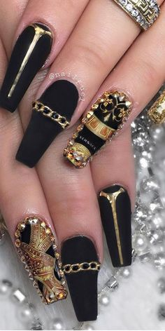 30 Creative Designs for Black Acrylic Nails That Will Catch Your Eye - Creative Ideas Simple Acrylic Nails, Black Acrylic Nails, Matte Nail Art, Acrylic Nail Art, Acrylic Nail Designs, Black Nails, Nail Art Designs, Nails Design, Nailart