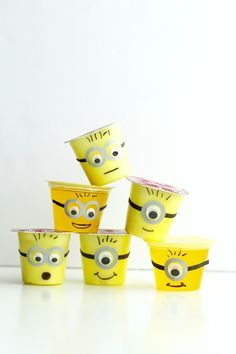 Easy DIY Minion treat made with pudding packs or yogurt cups. smart and easy!  | I can teach my child