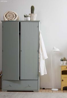IKEA HURDAL - painted. I could paint white