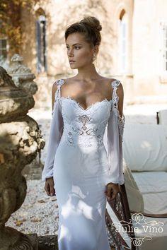 Te presentamos la nueva colección de Julie Vino 2015, ahora también disponible en España! Descubre mas diseñadores en http://www.diariodeunanovia.es #vestidos #vestidosdenovia #julievino #diariodeunanvovia