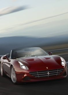 Ferrari's first release for the Geneva Motor Show 2016 is the 2016 Ferrari California T Handling Speciale. The front-engined turbocharged supercar receives Ferrari's famous handling treatment, improving performance and drivability.
