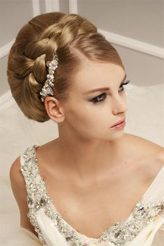 Свадебные прически с косами   Свадебные прически косы с фатой