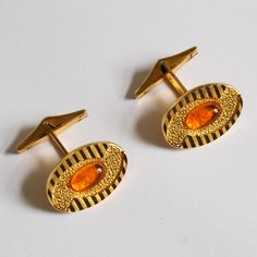 Orange and Gold Vintage Cufflinks https://etsy.me/2J69Yzr #etsy #accessories #cufflinks #orange #gold #stripes #vintage #jewelry #jewellery #manschettenknöpfe