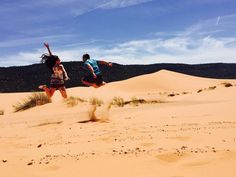 Nelson has super speed jumps in sand! Who doesn't love the pink coral sand dunes?! Have you ever been? #sand #utah #utahphotographer